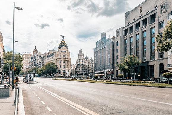 Viaje en familia a Madrid con trenes AVE este abril 2019