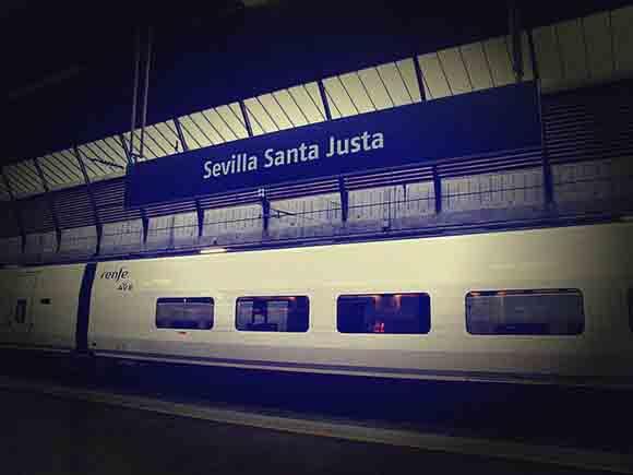 Los usuarios de las líneas de trenes AVE de Andalucía hasta 2019