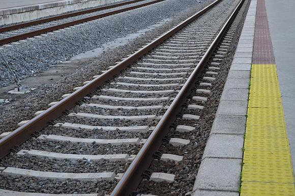Las estaciones de trenes de Mérida y Badajoz en 2019