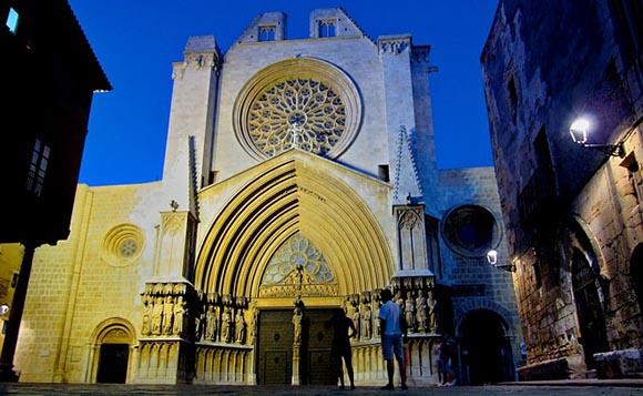 Trenes AVE baratos a Tarragona para Sant Magí 2019
