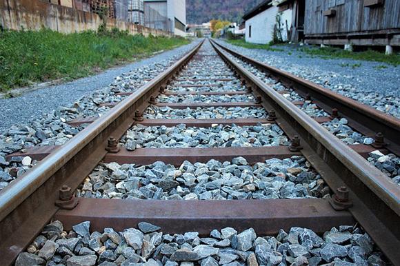 Pasos a nivel en las vías de los trenes de Valladolid julio 2019