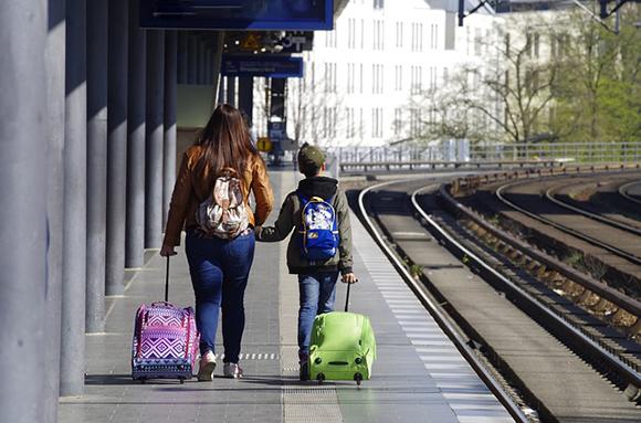 Trenes AVE baratos a las Fiestas de Ciudad Real 2019
