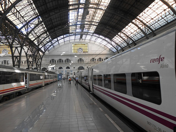 Mantenimiento de la línea AVE Madrid Barcelona agosto 2019