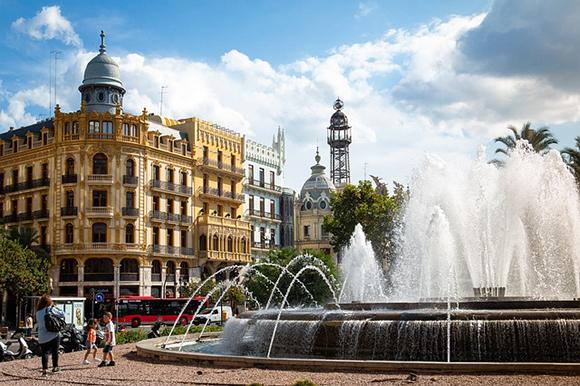 Trenes AVE baratos a Valencia este mes de noviembre 2019