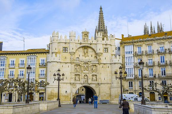 Trenes baratos a Burgos este Puente de Diciembre 2019