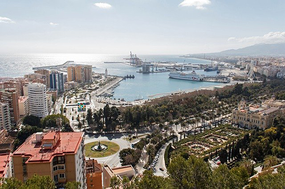 Visita Málaga este invierno 2020 en trenes AVE baratos