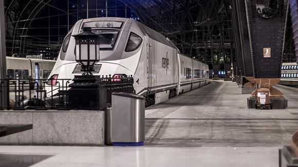 Menos incidencias en la línea de tren Madrid Badajoz en 2019