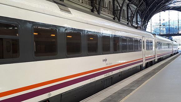 Mejoras de tiempo en los trenes Algeciras Granada 2020