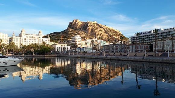 Conoce Alicante esta primavera 2020 en trenes AVE baratos